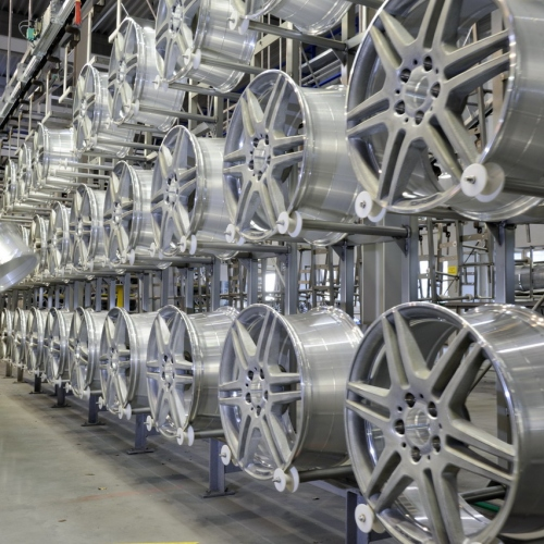 Mercedes-Benz RŠder - vom Design bis zur Produktion